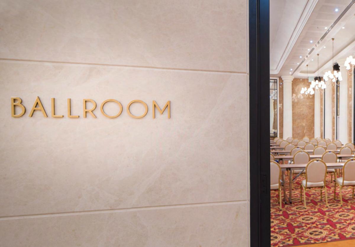 TitanicCityHotelBerlin_Ballroom