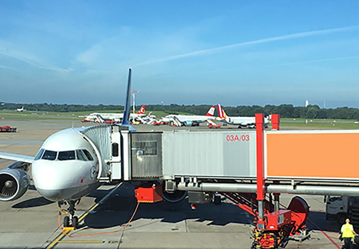 Flughafen_HH_Flugzeug
