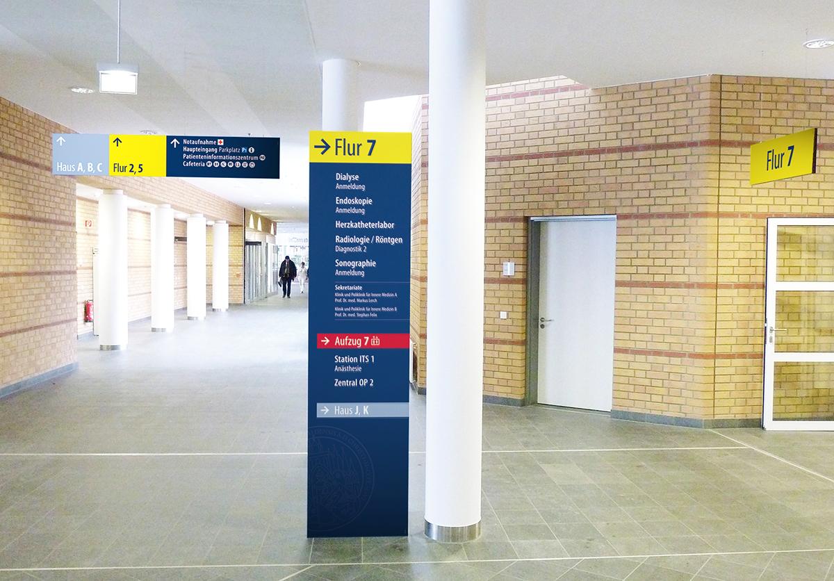 Universitätsklinikum Greifswald_Flurbeschilderung