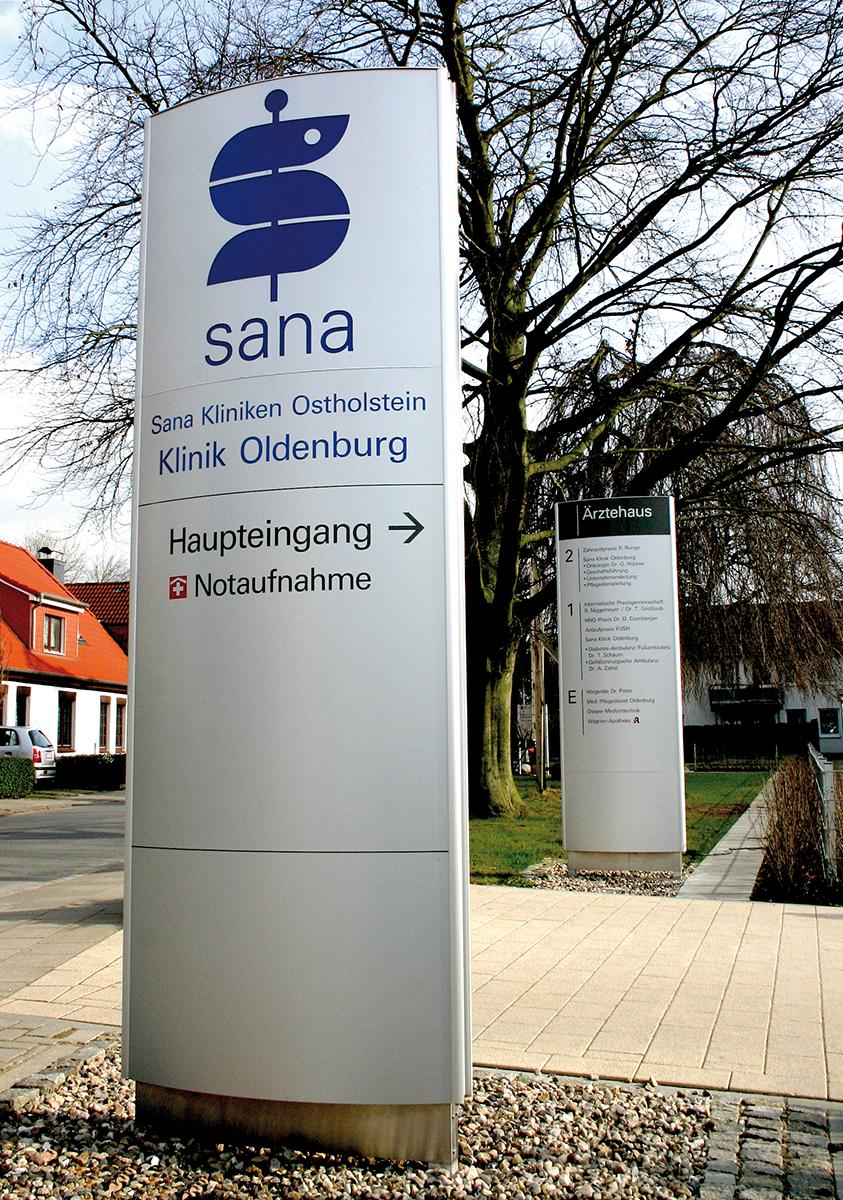 Sana-Kliniken_Stele2