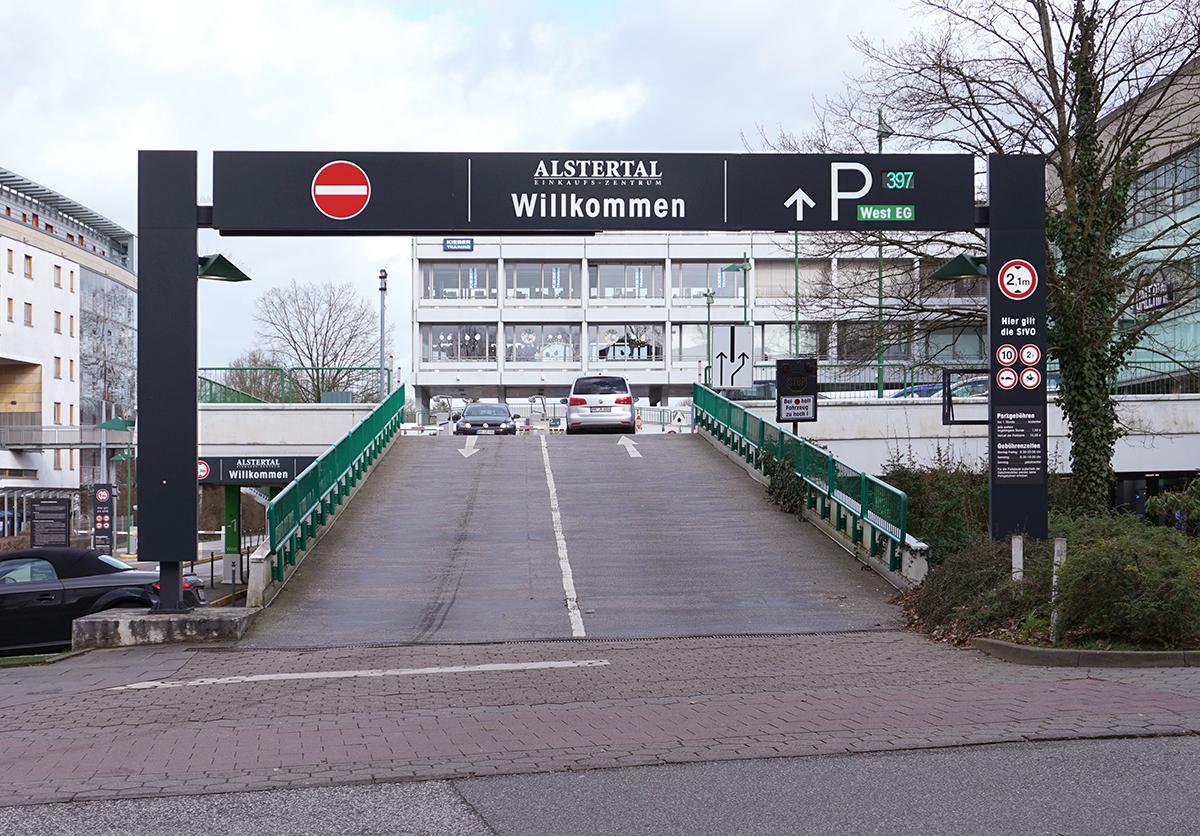 AEZ_Einfahrt Parken_1